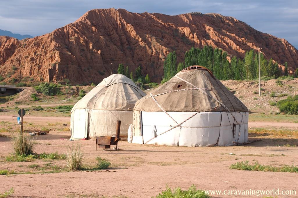 Jurty w Kirgistanie