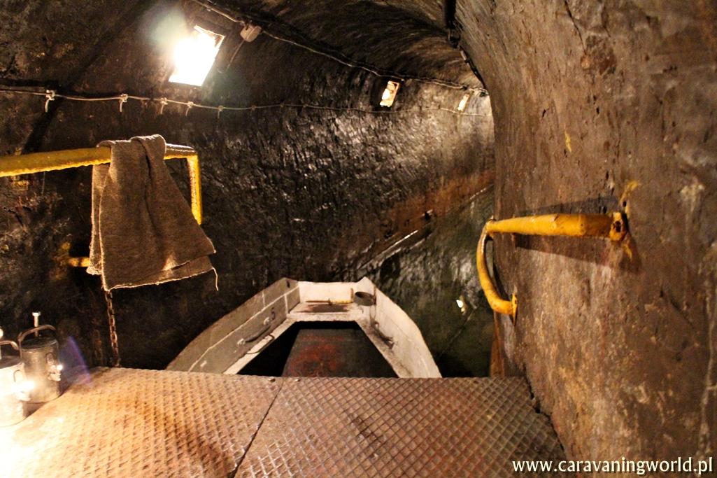 Najdłuższy podziemny przepływ łodziami w Polsce – Sztolnia Czarnego Pstrąga