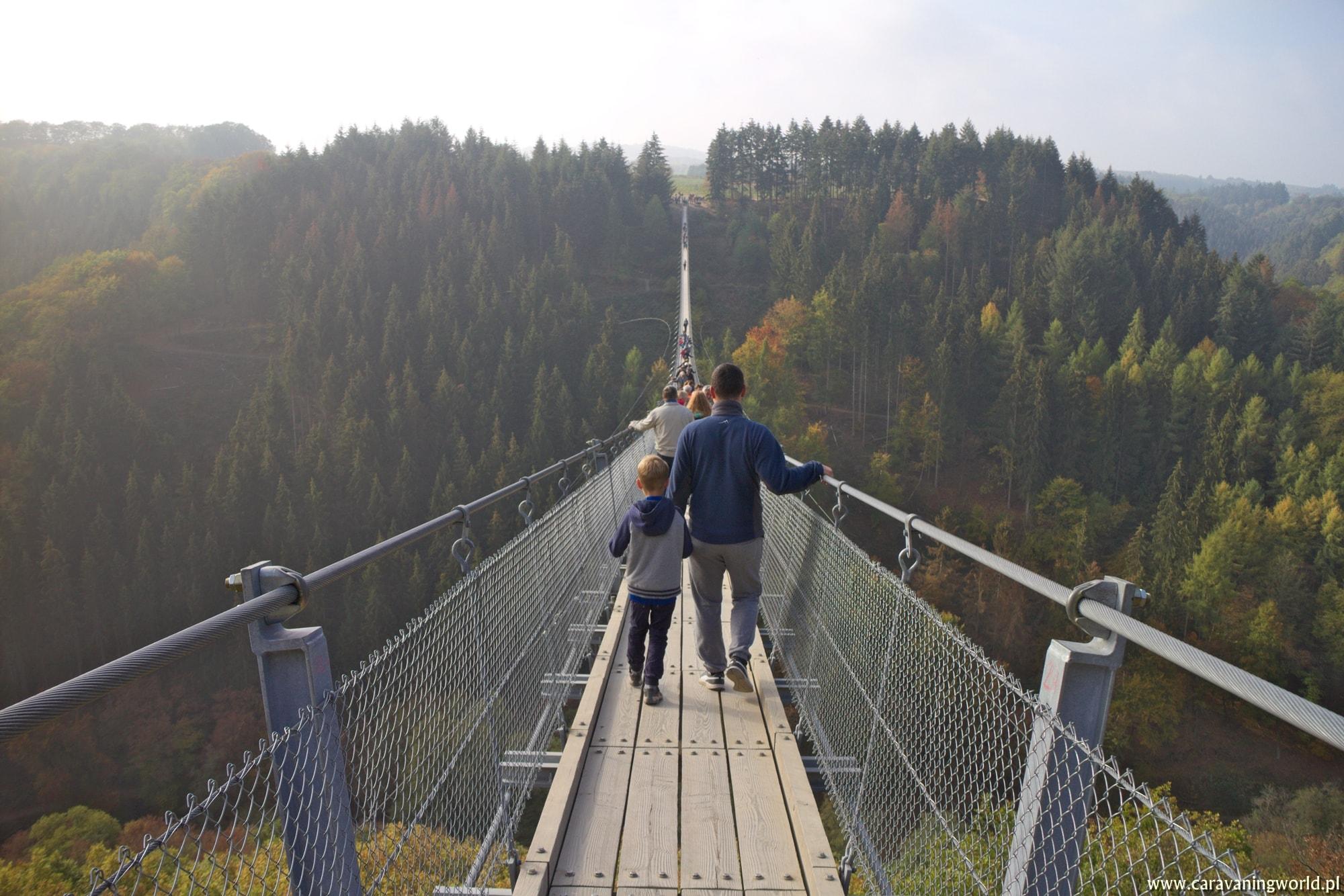 Wchodzimy na Most Geierlay