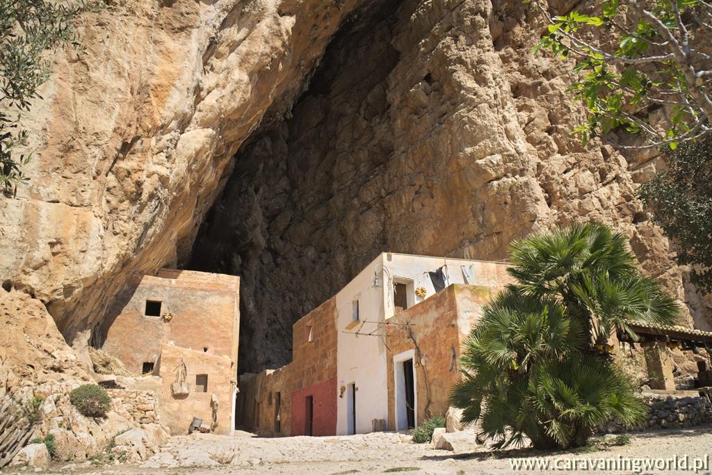 Grotta Mangiapanne