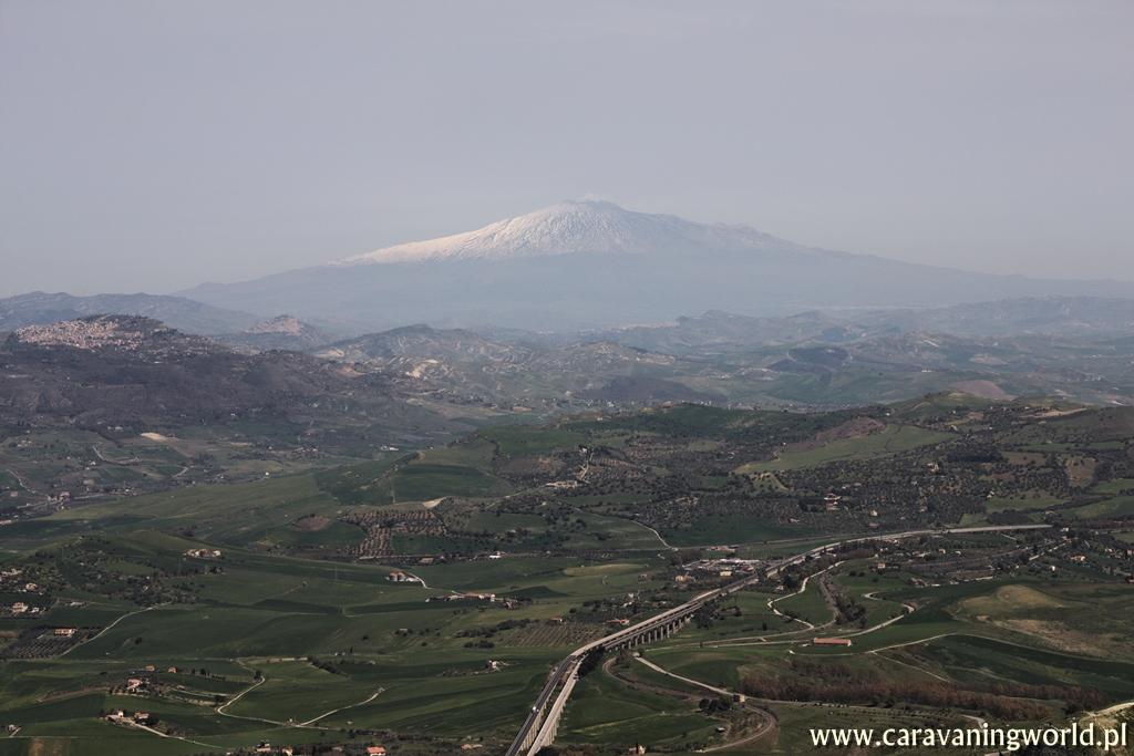 Z widokiem na Etnę