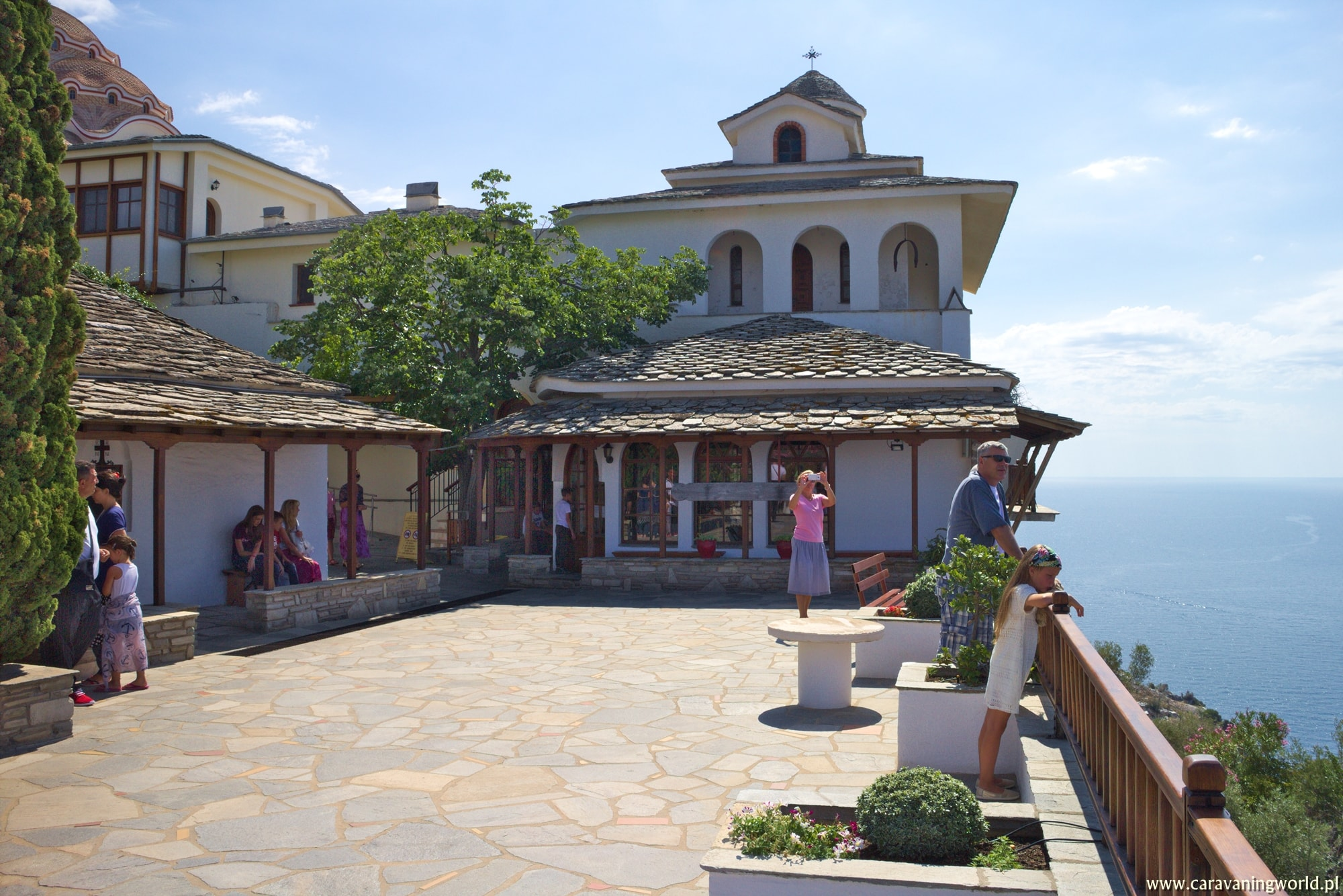 Dziedziniec Klasztoru Michała Archanioła na Thassos