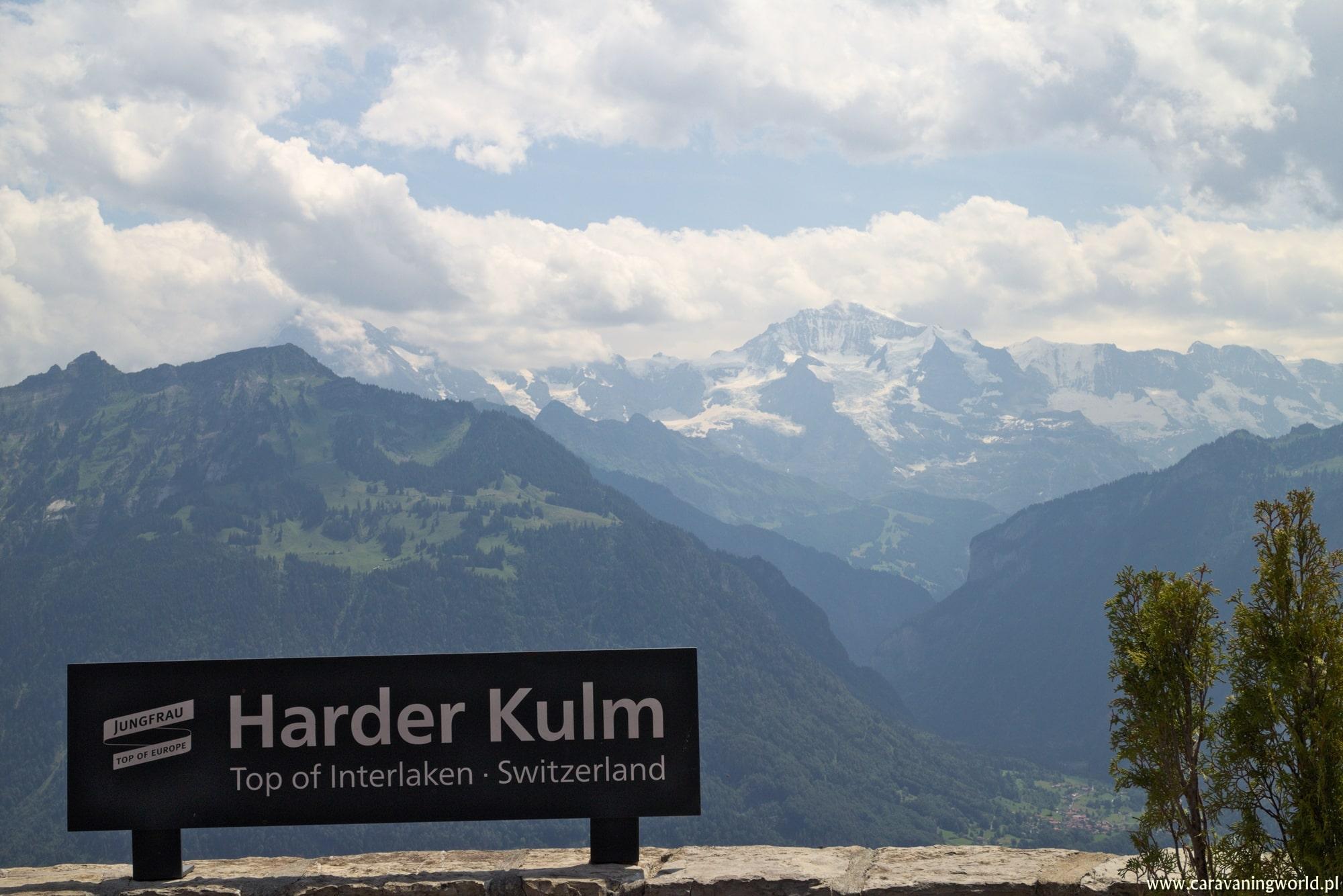 Widok na 3 alpejskie szczyty Eiger, Moench oraz Jungfrau