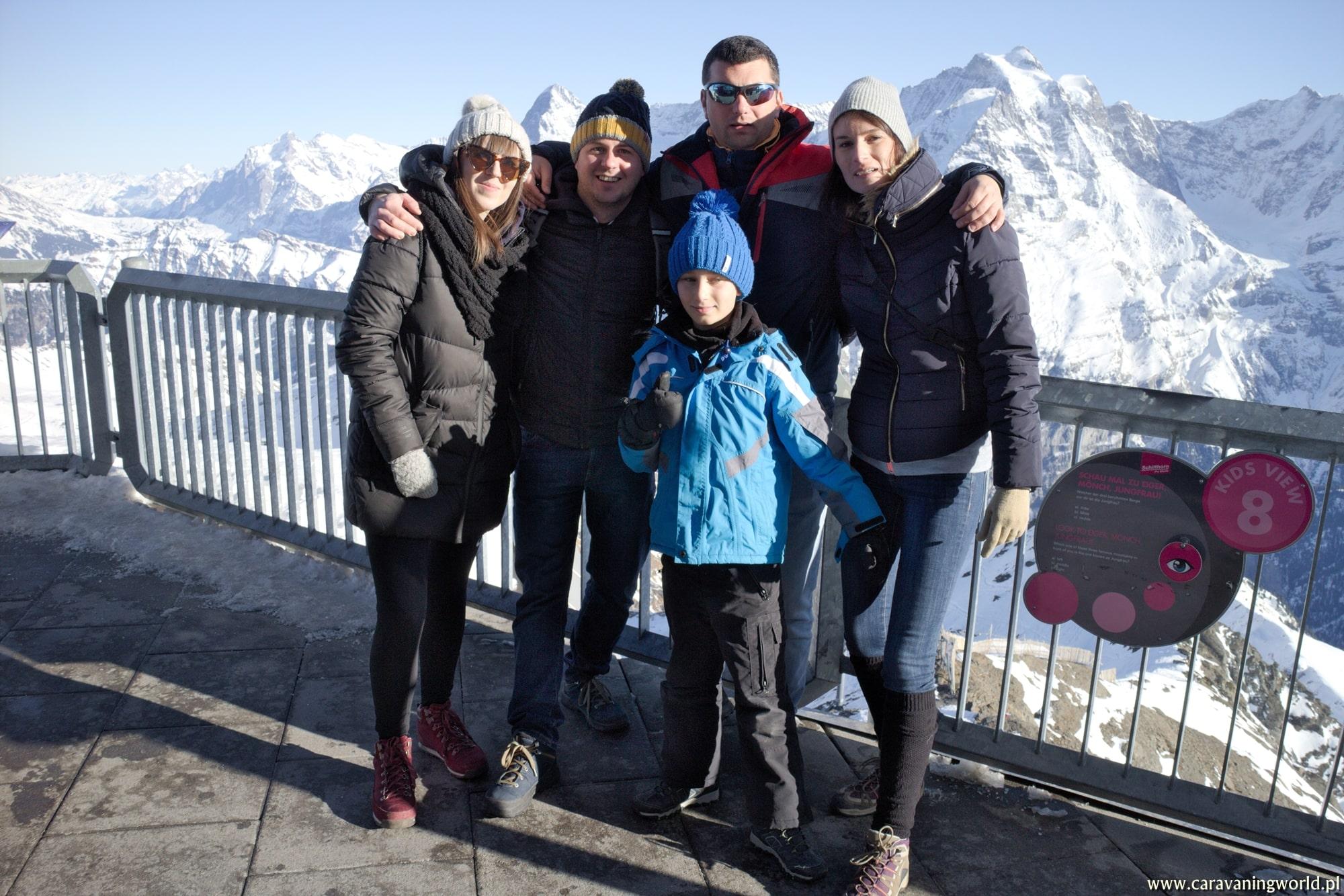 Nasza ekipa na szczycie Schilthorn