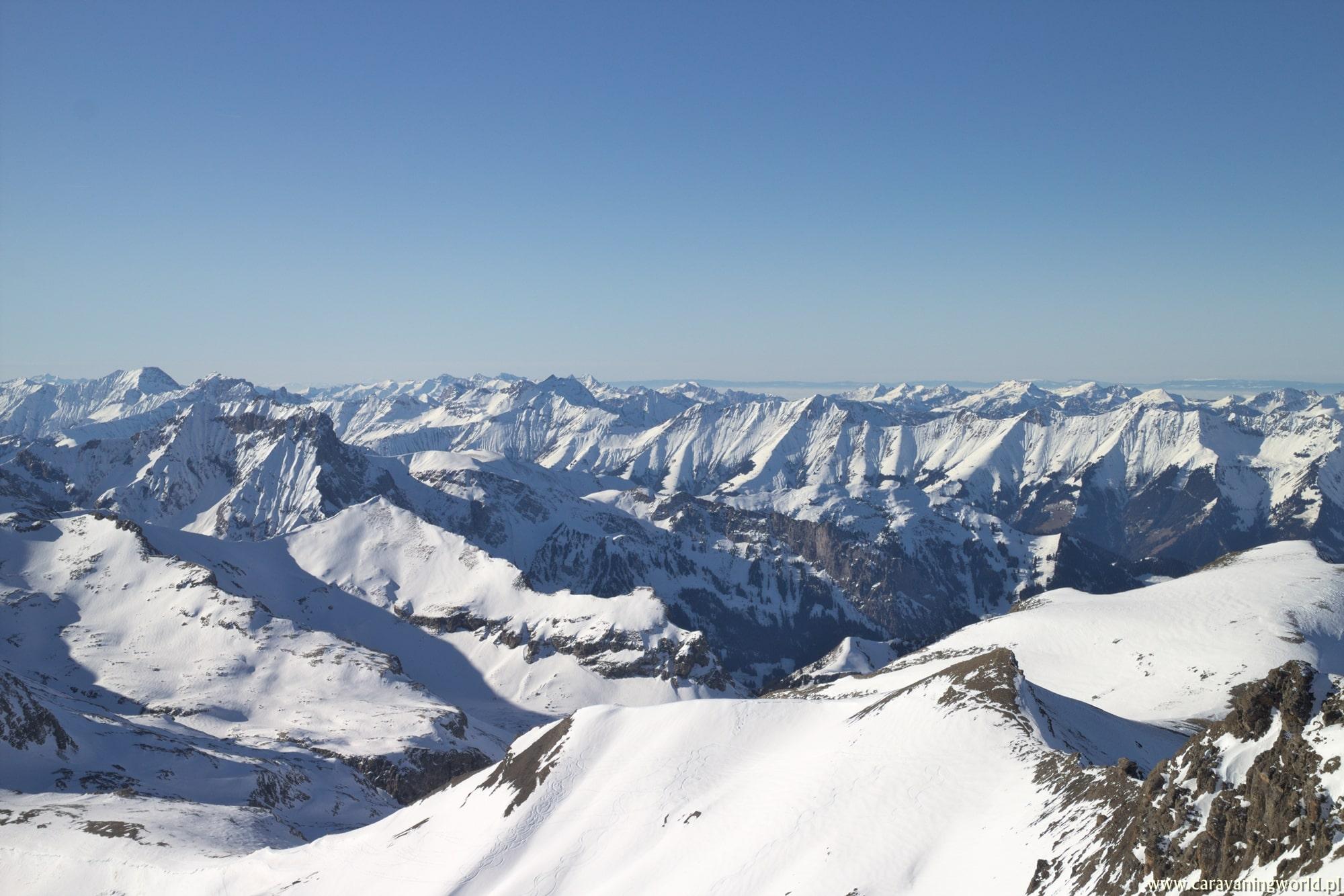 Panorama ze szczytu Schilthorn